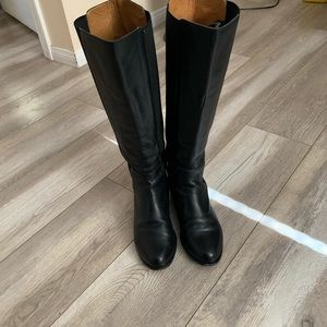 Michael Kors Shoes - Michael Kors boots 👢